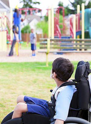 ماساژ کودکان مبتلا به دیستروفی عضلانی